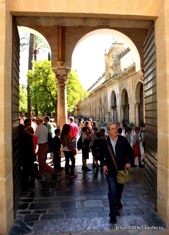 Cordoba gezilecek yerler Kurtuba camii mezquita