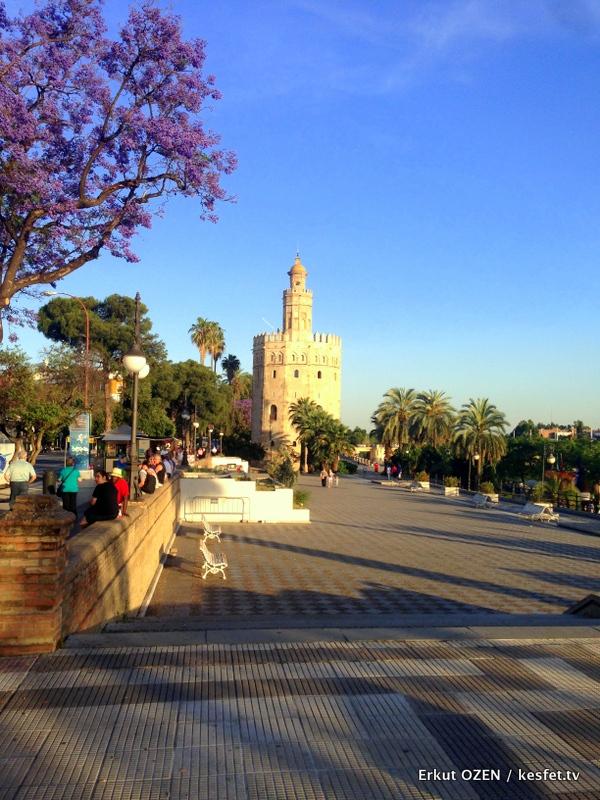 Sevilla gezisi altın kule