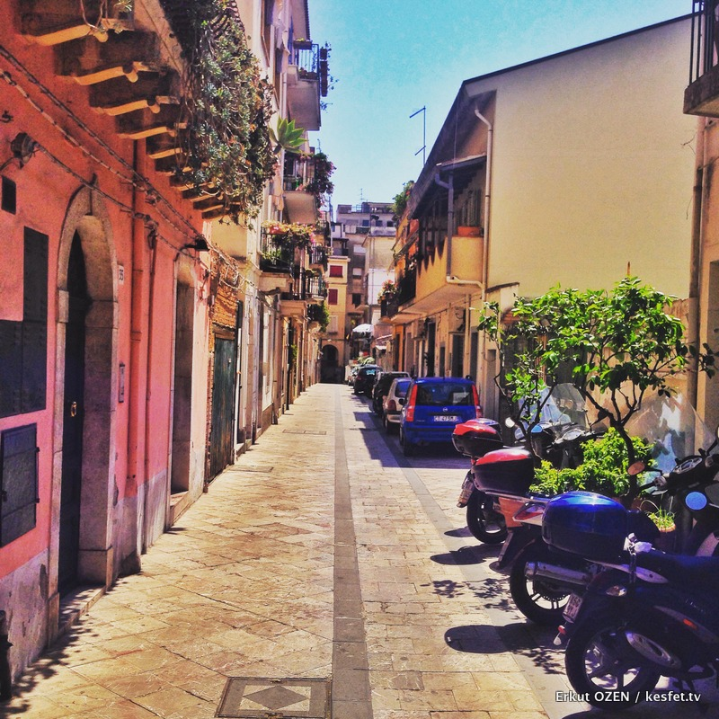 Taormina renkli sokaklar