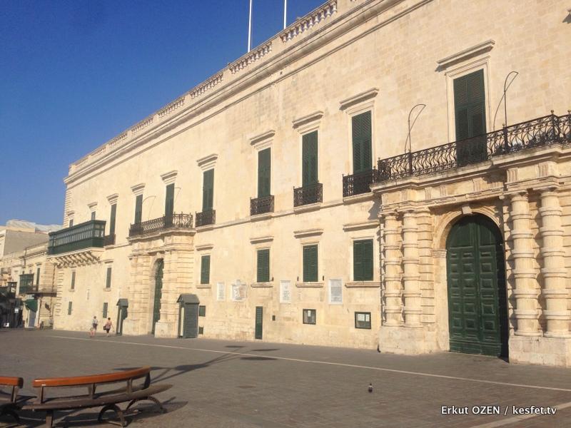 Malta Gezi Rehberi Adım Adım Valletta buyuk ustadlar sarayi 3