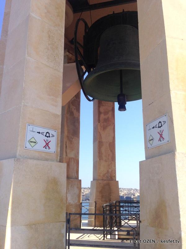 Malta Gezi Rehberi Valleta siege bell