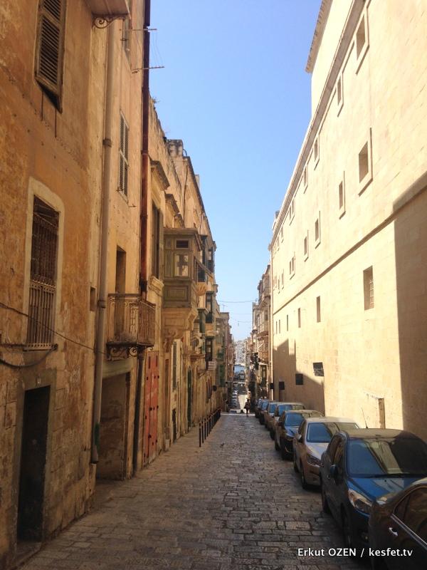 Malta Gezi Rehberi Valleta sokaklar