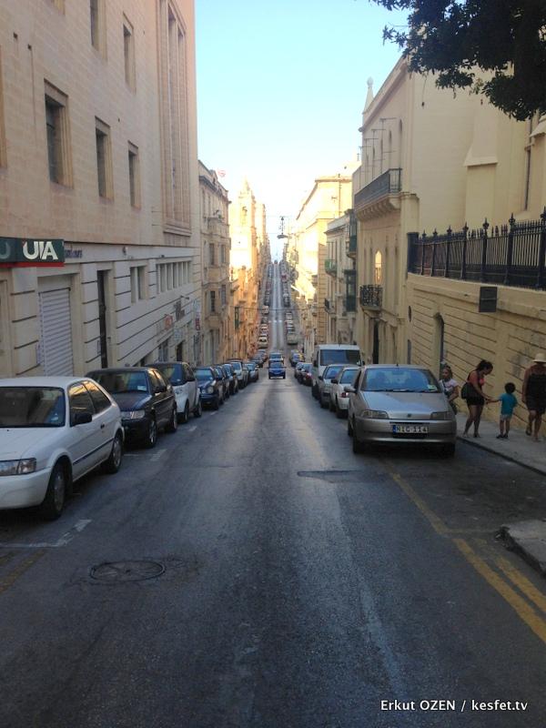 Malta Gezi Rehberi Valleta sokaklar 3