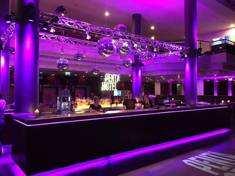 Leipzig gezi rehberi penta hotel gece