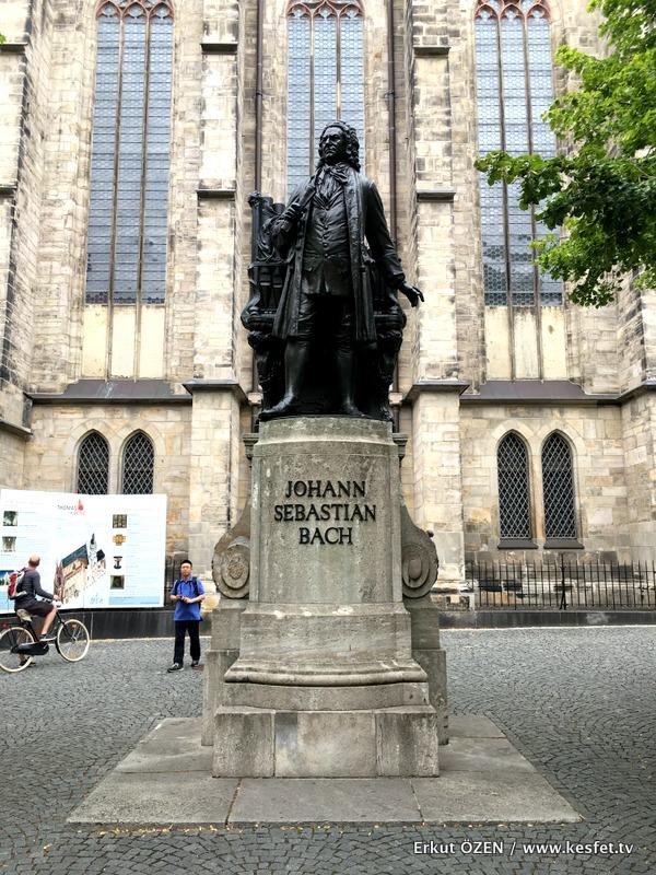 Leipzig gezilecek yerler thomas kilisesi