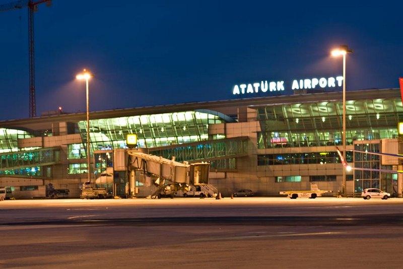 Atatürk Havaalanına Metrobüs