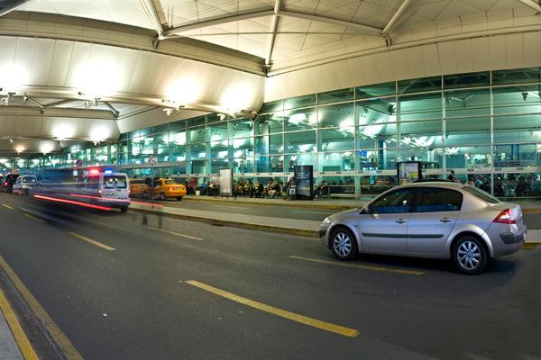 Atatürk Havaalanına Metrobüsle Nasıl Gidilir istanbul