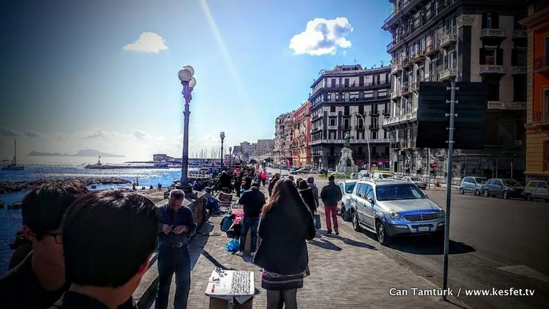 Napoli gezisi yazıları