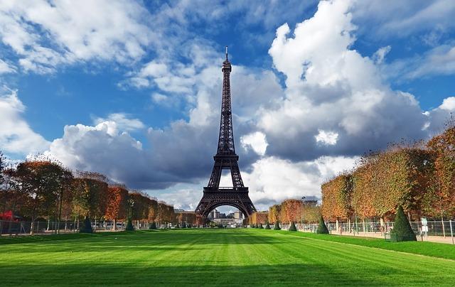 Paris gezi rehberi benelux turları