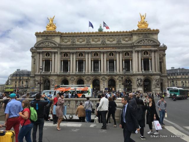Paris gezi rehberi mutlaka yapılması gerekenler