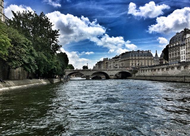 Paris gezi rehberi turları