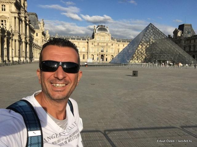 Paris rehberi Erkut Özen