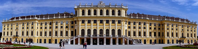 Schonbrunn Sarayi