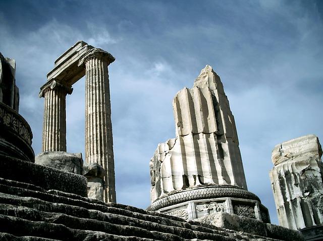 Didim gezi rehberi tapınak