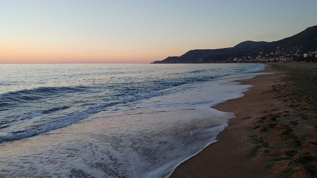 Alanya Kleopatra Plajı akşam