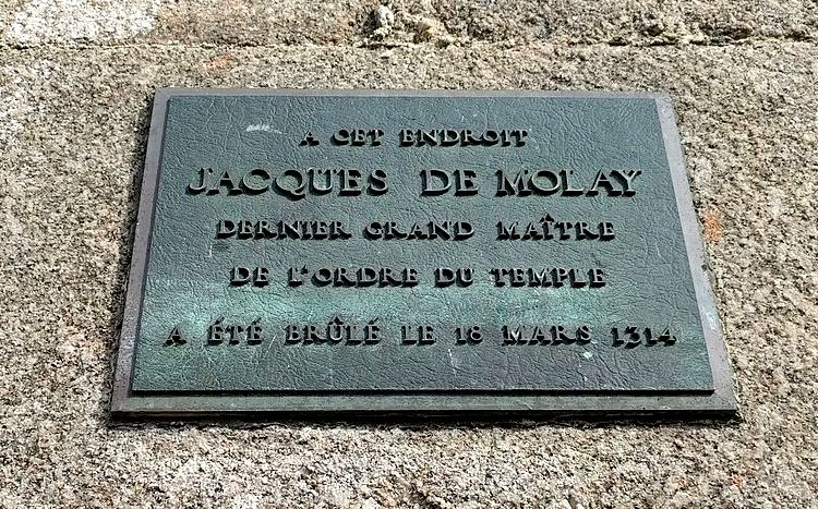 Paris de Molay Plaket