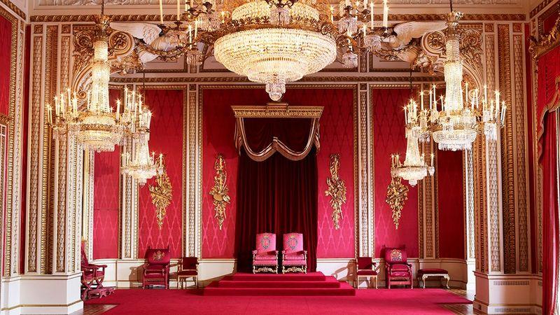 Buckingham Sarayı Taht Odası