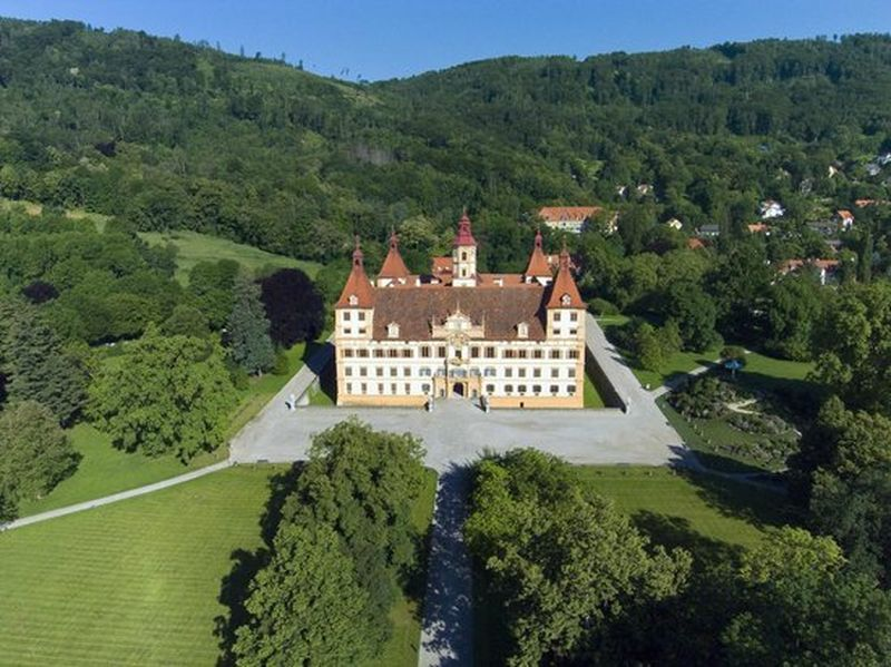 Graz Eggenberg Sarayı